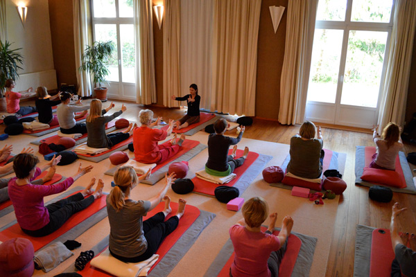 Yin Yoga is offered regularly in the wellness hotel in Stellshagen, Germany
