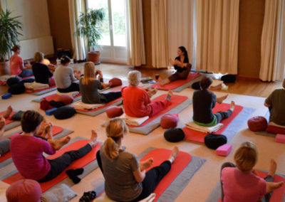 YinYoga-Course with Lahma